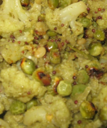 Cauliflower and peas poriyal