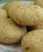 Wheat Walnut Cookies
