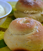 Eggless Orange Snail Rolls