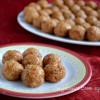 Perichai Thengai Urundai / Dates Coconut Balls