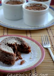Eggless Molten Lava Cake