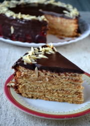 Eggless German Tree Cake / Baumkuchen / Schichttorte