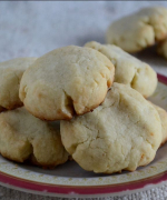 Almond Ghoriba- Moroccan Cookies