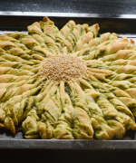 Sun-Shaped Pull Apart Bread with Spicy Filling