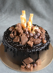 Eggless Ultimate Choco Drip Cake - Video Recipe