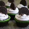 Eggless Cookies And Cream Cupcakes - Video