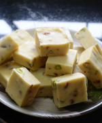Easy White Chocolate Pistachio Fudge