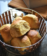 Eggless Hawaiian Sweet Rolls - #BreadBakers
