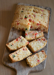 Eggless Britannia Fruit Cake - Video Recipe